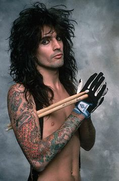 """This is Tommy Lee, also from """"Motley Crue"""", spelled with that fancy """"e"""" that isn't on my keyboard. Y'know, I don't listen to much Motley Crue. but they have quite a few pretty members in their band. Tommy Lee Motley Crue, Big Hair Bands, Mick Mars, Vince Neil, Nikki Sixx, Famous Faces, Music Stuff, Rock Music, Hard Rock"""
