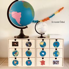 Montessori Geography - An Ideal World Science Montessori, Montessori Playroom, Montessori Homeschool, Montessori Elementary, Continents Activities, Geography Activities, Geography For Kids, Preschool Activities, Teaching Geography