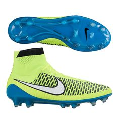 Dominate the flow of play with the Nike Women's Magista Obra soccer cleats. Developed for midfielders in control, the Magista Obra will be worn this summer by the USWNT's Ali Krieger as they look to win the Women's World Cup in Canada. The US Women's National Team will be wearing the bright blue and volt soccer cleats. Get your pair of Women's Soccer Cleats today at SoccerCorner.com