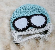 Baby pilot hat