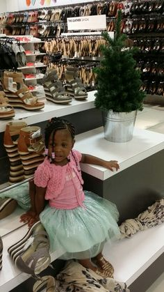 Celebrating my daughter, one whose love I can always be sure of. #LilMissArukwe #LilMissAdorable #BigSistertoKit #kidsfashionslayer #Kidsfashion #HairStyle #KidsHairStyle #BeadsOnHair