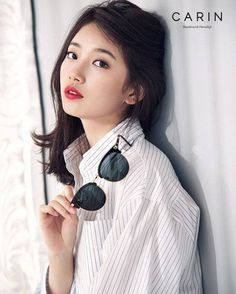 miss A's Suzy became a femme fatale for Carin's 2016 Spring/Summer collection of trendy sunglasses. Bae Suzy, Korean Model, Korean Singer, Kpop Girl Groups, Kpop Girls, Korean Beauty, Asian Beauty, Miss A Suzy, Glasses Brands