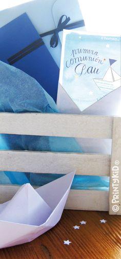 Mirar qué monas las invitaciones para la comunión de Pau! Un placer diseñar para La opinión de mammá Emoticón smile printykid.com