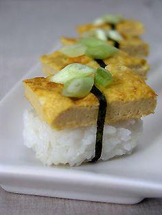 Nigiri-zushi z omletem
