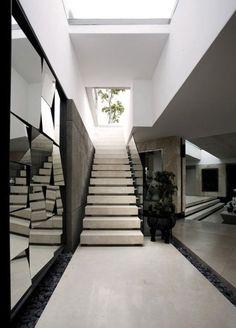 La Grande Vue - La Grande Vue is located in Cape Town, South Africa. Designed by SAOTA, interior design by OKHA. Interior Stairs, Interior And Exterior, Mansions Homes, Interior Decorating, Interior Design, Decoration Design, Staircase Decoration, My Dream Home, Interior Architecture