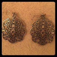 Lucky Brand earrings Like new Lucky Brand earrings. Super cute Lucky Brand Jewelry Earrings
