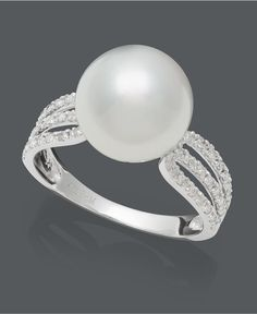 gorgeous pearl ring