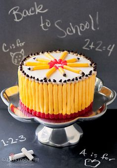 Back to School Candy Pencil Cake #partykids