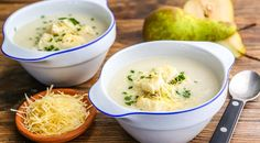 Cream soup with pears and celery