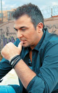 Kostas Martakis, Famous Singers, Folk Music, Famous Men, Greek, Couple Photos, Couples, Paddles, Couple Shots