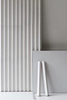 Buy online Rombini triangle white By mutina, indoor porcelain stoneware wall cladding design Ronan & Erwan Bouroullec, rombini Collection Interior Walls, Home Interior, Wall Cladding Designs, Wall Finishes, Wall Patterns, Wall Treatments, Textured Walls, Wall Design, Interior Inspiration