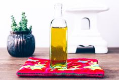 How To Make Your Own All-Natural Body Oil http://www.thecoveteur.com/diy-body-oil/