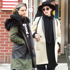 Cara Delevingne: Heiße Affäre mit US-Musikerin?Cara Delevingne (22) und St. Vincent (32) wollen ihre Gefühle füreinander angeblich weiter ausloten.