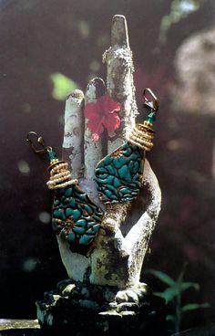 Boucles d'oreille rustique  boheme  tribal  par FUJIGIRLS sur Etsy