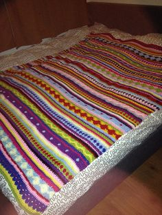 Ravelry: mijsje's As-We-Go Stripey Blanket