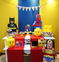 Aluguel Decoração - Lego Heróis + Bolo | Convites e Festas | Elo7