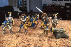 8 Toy Medieval Figurines Schleich Germany Cannon Horses Weapons Yellow Blue