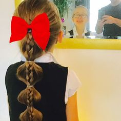 Single dad masters the art of styling his daughter's hair and gives us #hairgoals - National | Globalnews.ca Single Dads, Lets Celebrate, Hair Goals, Fathers, Daughter, Celebrities, Instagram Posts, Art, Style