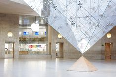 """Case Study Chapter 10 Apple: Thousand """"Nos"""" and Ten Gutsy """"Yeses""""    Store at Louvre in Paris. Photo Credit Apple"""