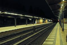 S-Bahnhof Berlin-Grunewald in der Nacht