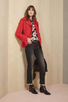 Abrigo Sena  . Camisola Alumine  . Jean Cropped Grey Black  . Cinturon Caya  . Mochila Ipoly Red Leather, Leather Jacket, Style Inspiration, Outfits, Jackets, Fashion, Nightgown, Leather Jackets, Outfit