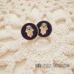 Hamsa Ohrstecker ♡ Hamsa Earrings // www.lovely-things.com #lovelythingscom