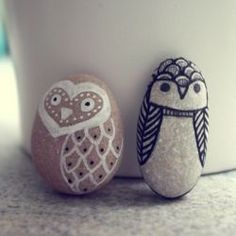Draw cute little decorative animals images on rocks.... and 25 More Easy and Creative Sharpie Crafts