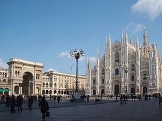Piazza del Duomo, Milan - Wikipedia, the free encyclopedia
