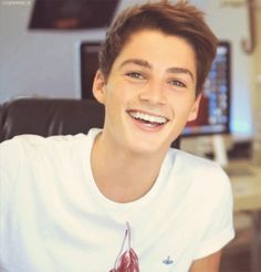 Finn Harries :)
