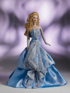 THE FASHION DOLL REVIEW: Preview: Fall/Holiday Collection from Tonner Doll Company