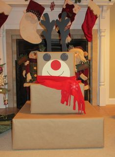 Creative Christmas Wrapping Ideas for Kids - Reindeer gift box tower for Christmas stacking boxes - Christmas Gift Wrapping, Diy Christmas Gifts, Cheap Christmas, Creative Christmas Presents, Christmas Packages, Christmas Present Boxes, Christmas Boxes, Holiday Gifts, Christmas Ideas