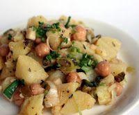 Salada de Batata com Grão-de-Bico, Pepino e Maçã (vegana)