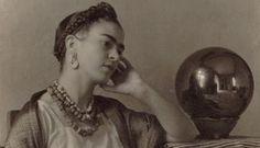 En quien piensas? #Frida Kahlo