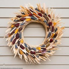 Robin grows and dries the corn and then assembles these beautiful wreaths. Indian Corn Wreath, Corn Husk Wreath, Wreath Crafts, Diy Wreath, Glass Gem Corn, Corn Husk Crafts, Fall Door Decorations, Deco Floral, Fall Diy