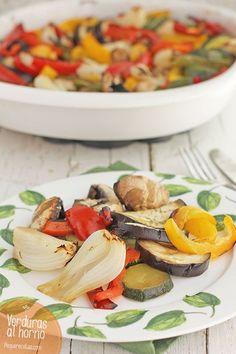 Verduras al horno, una receta sana y fácil , Las verduras al horno son una receta fácil y saludable, ideal para una cena sana. Lo mejor es que con esta receta de verduras ¡trabaja el horno y no tú!