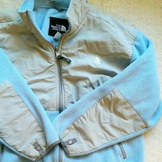 """The North Face Fleece Size is a Youth/Junior XL. I am a womens size Small and it's way too big on me. Probably would better suit a Women's Size Large. Sleeve length is perfect despite it being youth. I am 5'6"""" and the sleeves are fine. Gently used! Good condition! Don't hesitate to make me an offer! Since I'm unsure of the Women's sizing, I am willing to come down in price! No visible dirt or stains. North Face Jackets & Coats"""