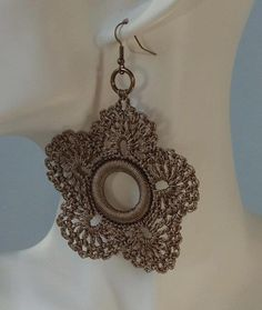 Crochet earrings - love the irish lace looking centre (or might be over a ring)