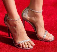Sarah silvermans feet wikifeet stopy celebrytek pinterest gal gadot in stuart weitzman nudist sandals voltagebd Choice Image