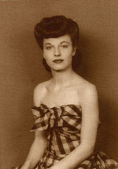 1940s hairstyle