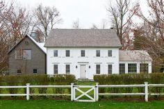 Modern Farm House Exterior Colonial Ideas For 2020 Colonial House Exteriors, Colonial Exterior, Modern Colonial, Exterior Design, Modern Farmhouse, Farmhouse Style, Colonial House Plans, Colonial Style House, Exterior Colors