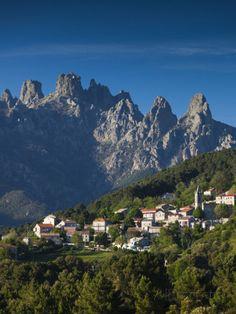 France, Corsica, Corse-Du-Sud Department, La Alta Rocca Region, Zonza Reproduction photographique par Walter Bibikow sur AllPosters.fr