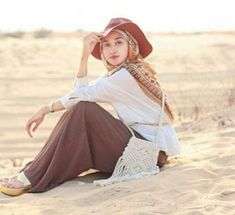 Travel Clothes Summer Beach Vacations Casual Ideas For 2019 Muslim Fashion, Modest Fashion, Hijab Fashion, Fashion Outfits, Travel Outfit Summer, Summer Outfits, Simple Outfits, Casual Outfits, Look 2018