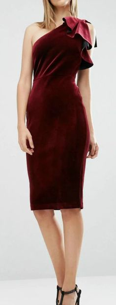Fashion Velvet Flounce Trim One Shoulder Bodycon Dress Crazy Outfits, Cute Outfits, Holiday Fashion, Autumn Fashion, Western Outfits, Pencil Dress, Colorful Fashion, So Little Time, Fashion Outfits