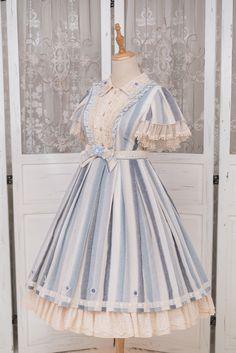Fantastic Wind -Ukulele- Vintage Classic Lolita OP Dress Source by amlupien dress classic Kawaii Fashion, Lolita Fashion, Cute Fashion, Emo Fashion, Rock Fashion, 1950s Fashion, Pretty Outfits, Pretty Dresses, Beautiful Dresses