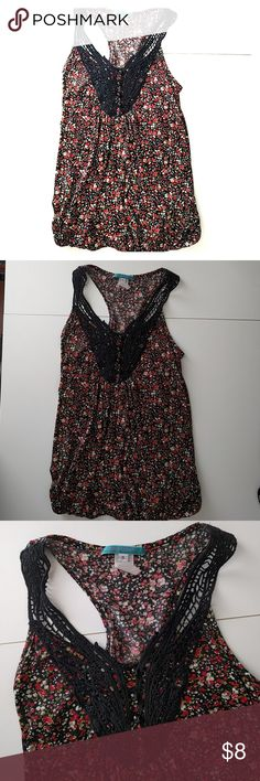 🔺BOGO free🔺Floral crochet tank Size small ~ red, green, and white floral with black crochet and elastic banded bottom ~ has no rips, tears, or stains, however, the top button loop is stretched out a little bit ~ comfortable, lightweight   *Buy 1 get 1 free on tops and bottoms marked 🔺BOGO free🔺. Buy 1 item listed as BOGO and get another BOGO item of equal or lesser value for free. Bundle the items and I'll send you an offer with the correct price* Tops Tank Tops