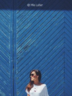 © Mis Lutier: Blue day