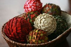 Love these fabric pinecones.  They'll look great on our fireplace mantle for Christmas (gotta make them first), or I could make them as decorations for the tree.