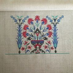 This Pin was discovered by Zeh Cross Stitch Samplers, Cross Stitch Embroidery, Hand Embroidery, Cross Stitch Patterns, Bargello, Cross Stitch Flowers, Needlepoint, Needlework, Diy And Crafts