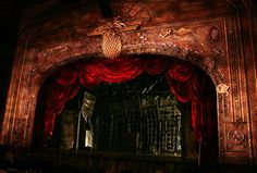 Donyale Werle - Peter and the Starcatcher - set made of reclaimed materials and trash.