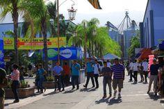 San Pedro Sula, Honduras: Más de 20,000 personas en inauguración del Campo Agas y Expocentro Los visitantes curiosearon todas las novedades que ofrece Expocentro y el Agas este año. Fotos: Melvin Cubas